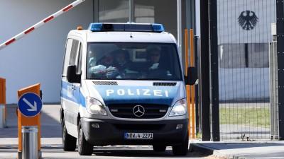 Der Generalbundesanwalt hat am Morgen in Nordrhein-Westfalen vier terrorverdächtige Islamisten aus Tadschikistan festnehmen lassen. (Uli Deck/dpa)