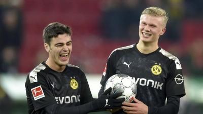 Die Dortmunder Jungstars Giovanni Reyna (17) und Erling Haaland (19) (Renate Feil/M.i.S./imago)