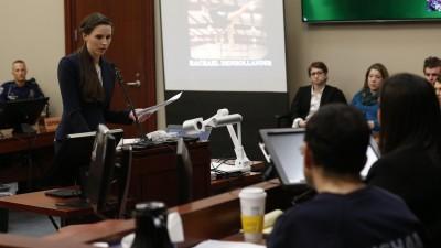 Rachael Denhollander ist eine von 150 Betroffenen, die im Prozess gegen den früheren Teamarzt der US-Turnerinnen, Larry Nassar, ausgesagt hat. (AFP/ Jeff Kowalsky)