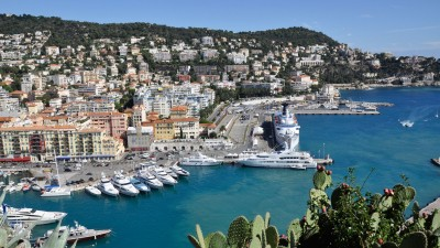 Blick auf die Hafenpromenade von Nizza. (picture alliance / dpa / Natalia Seliverstova)