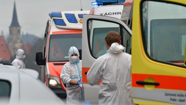Newsblog zum Coronavirus - +++ Tschechien führt Maskenpflicht am Arbeitsplatz wieder ein +++