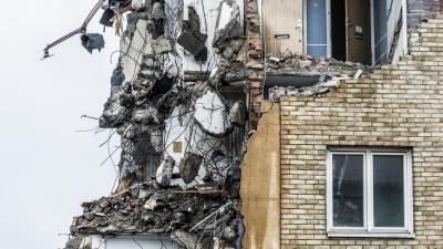 Ein Abrisshaus, halb zerstört sehen wir in das Innere das Hauses. (Getty Images / Johner )