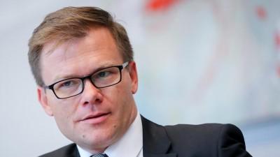 Der Parlamentarische Geschäftsführer der SPD, Carsten Schneider, nimmt am 27.09.2017 in Berlin im Bundestag an der SPD-Fraktionssitzung teil. (dpa/ picture alliance/ Kay Nietfeld)