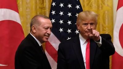 US-Präsident Donald J. Trump (rechts im Bild) mit dem türkischen Präsidenten Recep Tayyip Erdogan bei einer Pressekonferenz im Weißen Haus in Washington am 13. November 2019 (Consolidated News Photos / Alex Wroblewski)