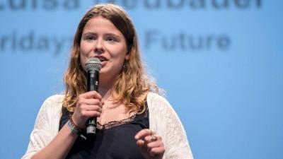 Klimaaktivistin Luisa Neubauer beim Evangelischen Kirchentag in Dortmund am 20.6.2019 (imago / epd / Thomas Lohnes)
