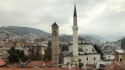 In Sarajevo, der Hauptstadt von Bosnien-Herzegowina, leben vor allem muslimische Bosniaken. Ein Minarett ist zu sehen. (Deutschlandradio / Clemens Verenkotte)