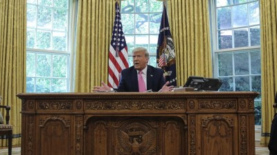 Präsident Donald Trump im Oval Office (picture alliance/dpa/CNP/Oliver Contreras)