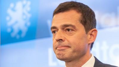 Mike Mohring, Spitzenkandidat der CDU reagiert auf der CDU-Wahlparty nach Bekanntgabe der ersten Prognosen zur Landtagswahl in Thüringen (dpa / Michael Reichel)