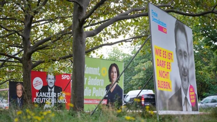 Newsblog zur Bundestagswahl - +++ Gemischte Reaktionen aus dem Ausland +++