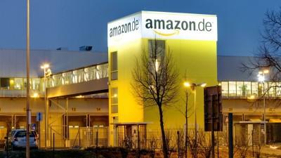 Das Foto zeigt ein Gebäude des Logistikzentrums amazon.de im Industrie - und Gewerbegebiet Nordost in Leipzig. (imago / Star-Media)