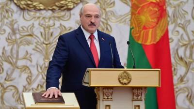 Der belarussische Präsident Lukaschenko ist für eine weitere Amtszeit vereidigt worden. (Andrei Stasevich / BELTA / AFP)